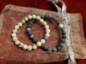 Agate and howlite set.